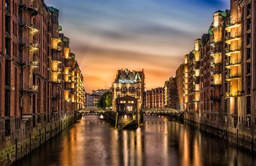 Germany City Hamburg at Night Wallpaper